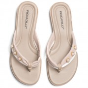 Flip-flops with Pearl Ornament