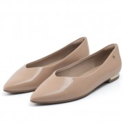 Vamp Ballet flats with Golden Ornament on the heel