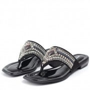 Embellished Flip-flops with Golden Ornament on the Heel